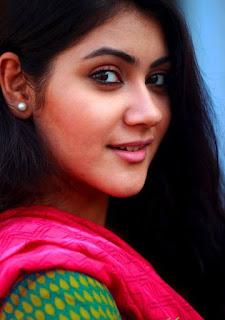 Shaina Amin BD Actress Selfie