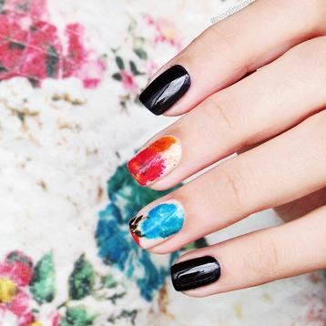 Top 10 Manicures de 2016 - Nail art florida e invernal