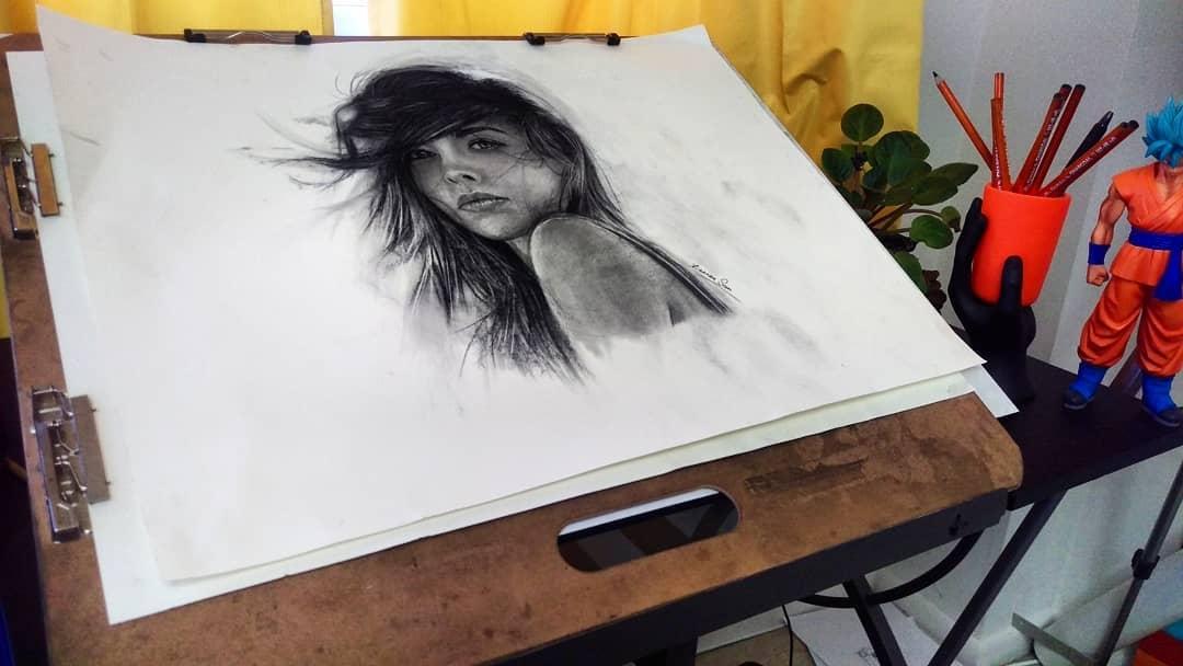 15-Female-Portrait-Xiaonan-Pencil-Charcoal-and-Pastel-Portrait-Drawings-www-designstack-co