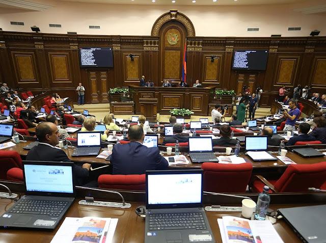 Oposición declara la guerra al gobierno de Armenia