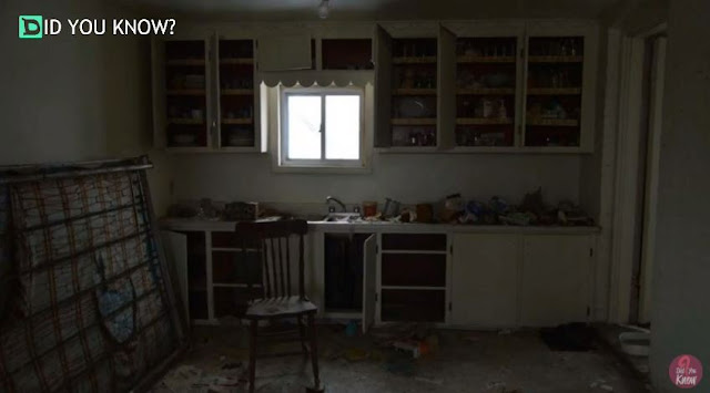 This Man Enters An Abandoned House, Only To Discover a Huge Secret That's Been Hidden For 30 Years!