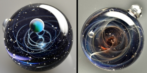 00-Satoshi-Tomizu-とみず-さとし-Galaxies-Sculpted-in-Space-Glass-Globes-www-designstack-co