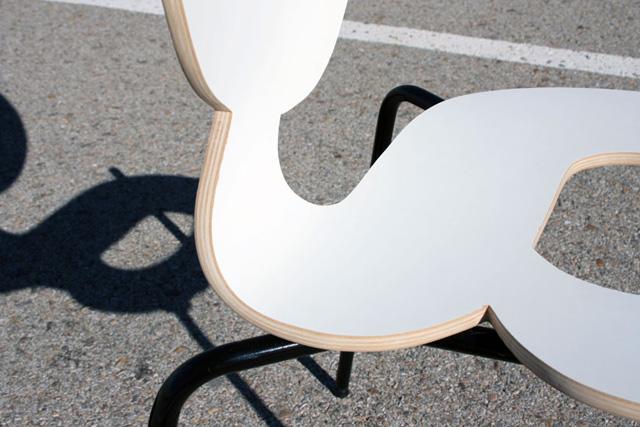 fundschau typografie zum sitzen. Black Bedroom Furniture Sets. Home Design Ideas