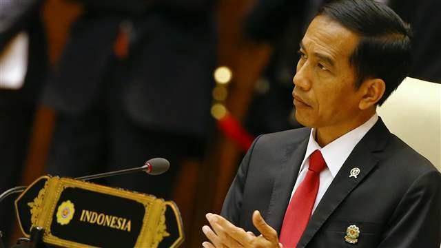Presidente da Indonésia Joko Widodo cancelou sua visita à Austrália depois de violentos confrontos em um comício da Jacarta