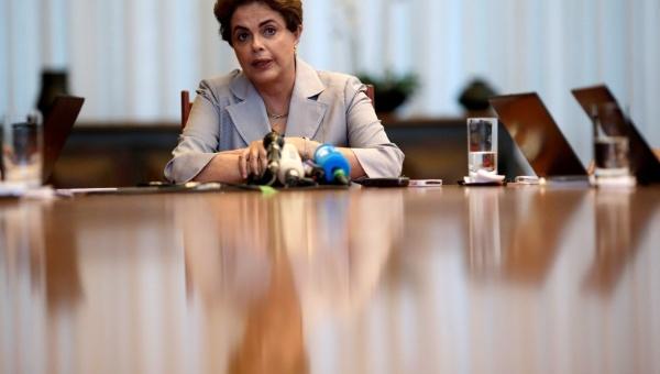 Trabajadores brasileños respaldan propuesta de plebiscito