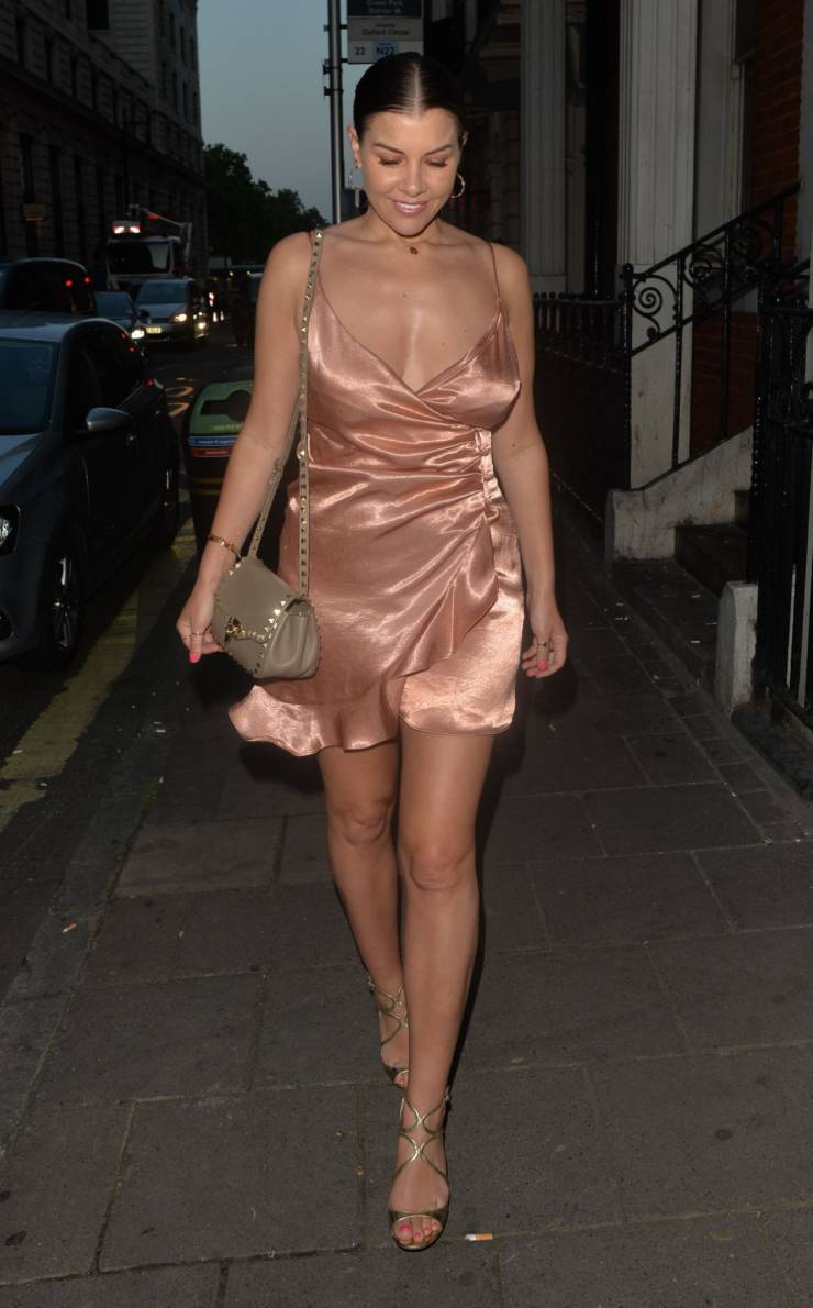 Imogen Thomas Hot Long Cross Legs Show In Pink Top