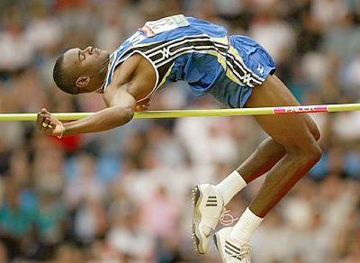 Atletik Lompat Tinggi Gaya Straddle