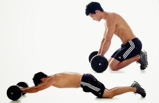Cách tập cơ bụng 6 múi tại nhà cực chuẩn - bài tập ab wheel rollout