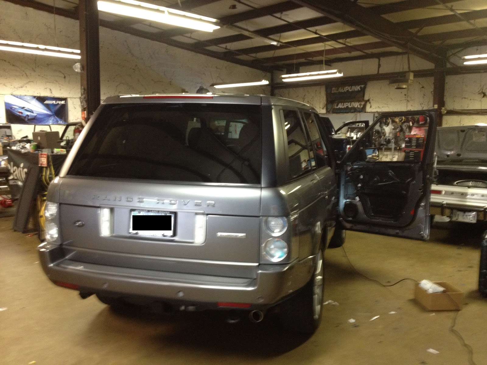 Range Rover For Subwoofer And Speakers Hurleys