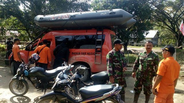 Banjir Aceh Jaya,  Pencari Kayu Alim Hilang