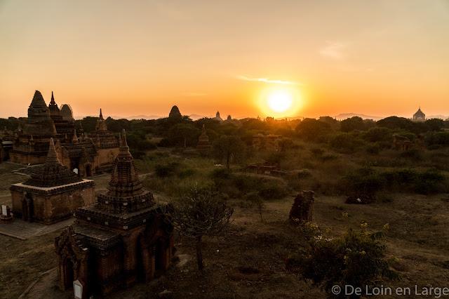 Vue du Monastère Shew Man Yin Taw- Bagan - Myanmar - Birmanie
