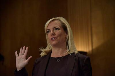 Kirstjen Nielsen secretaria Nacional de seguridad de Trump renuncia