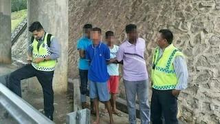 4 Remaja Geng Baling Batu Ditahan