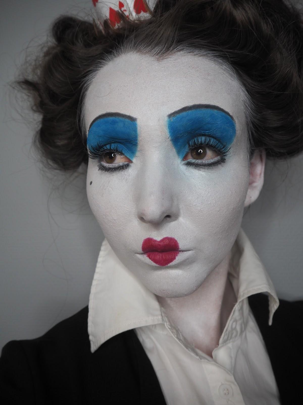 halloween week: queen of hearts   makeuphairbyseline