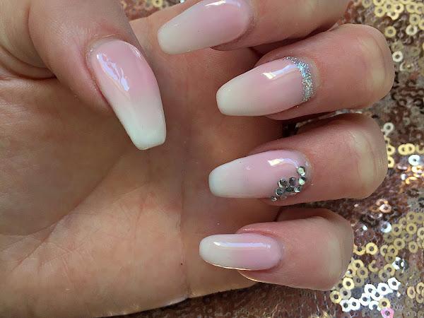 NOTD | Wedding Day Nails