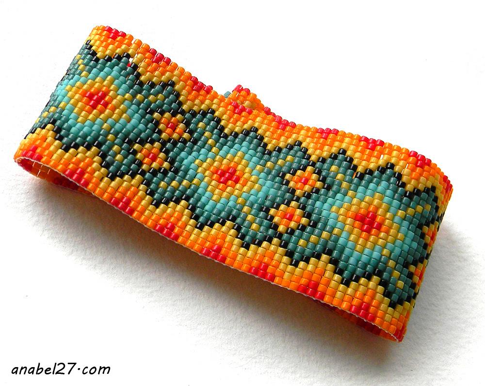Яркий браслет из бисера купить украшения из бисера широкий браслет на руку
