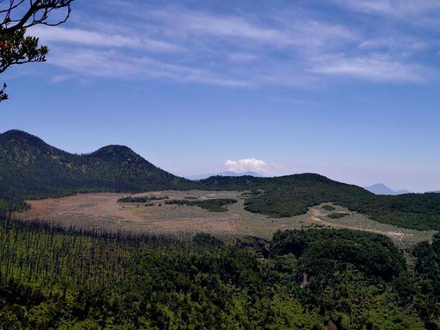 papandayan landscape