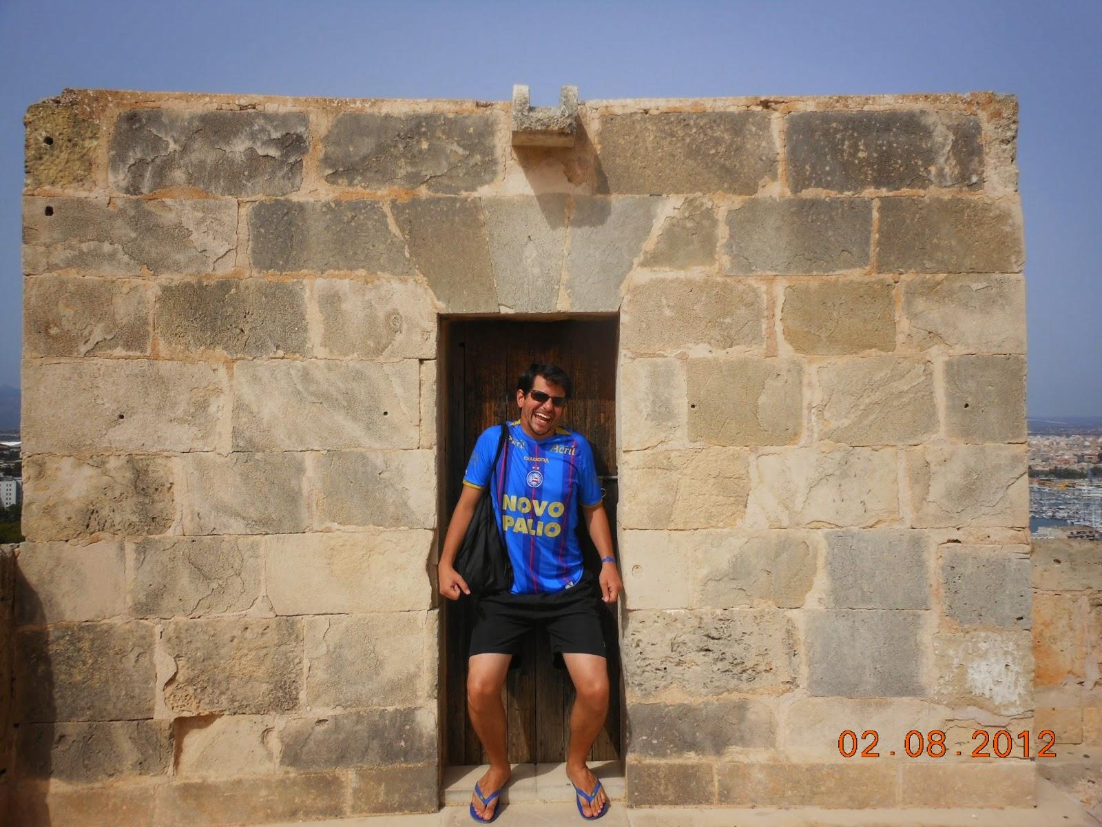 As pessoas eram pequenas antigamente - Castelo Bellver - Palma de Maiorca