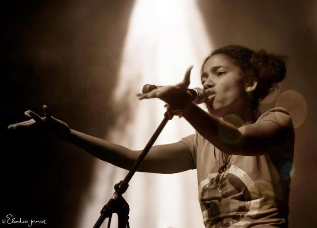 MusicLoad, MusicLoad.Com, Nneka, Elodie Janot