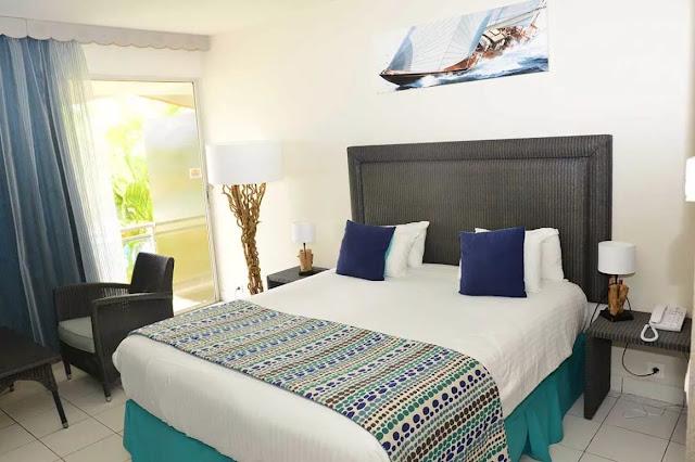 Chambre avec balcon et vue sur la mer