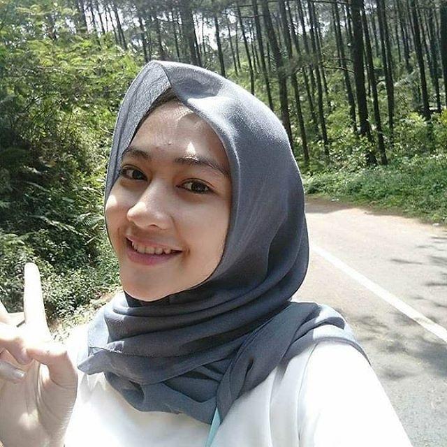 Hijab Cantik Kartun Nusagates