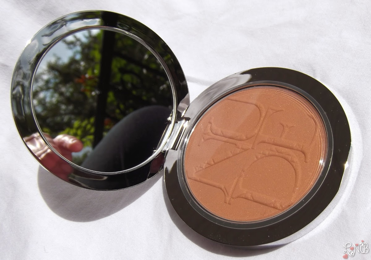 DIOR  Diorskin Nude Tan - Nude Glow Sun Powder - 001 Miel/Honey