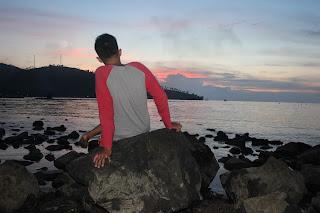 Ke Laut Ajah Loe !