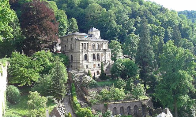 Yeşillerin arasında bir kale, Heidelberg Kalesi...