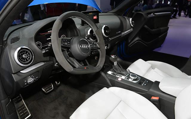 Audi RS3 Sedan Azul Sepang