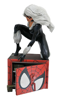 Diamond Select MARVEL COMIC GALLERY BLACK CAT PVC DIORAMA 001