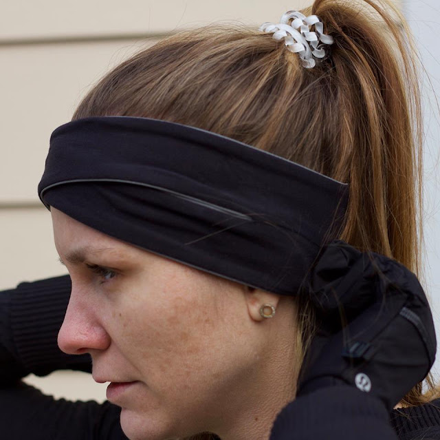 lululemon cross-shill-ear-warmer