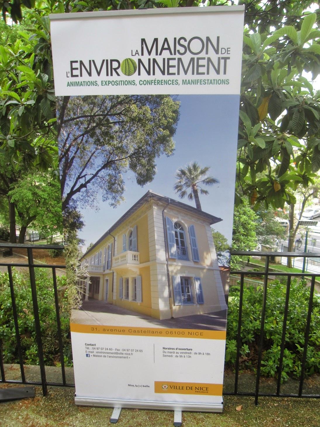 vu du balcon maison de l environnement. Black Bedroom Furniture Sets. Home Design Ideas