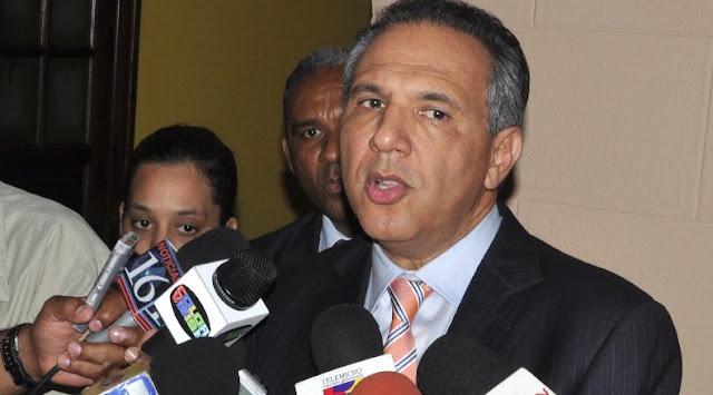 Peralta afirma pedido del cargo hizo Miguel Vargas a César Mella es parte del acuerdo PLD-PRD
