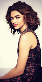 Sexy Look Deepika Padukone