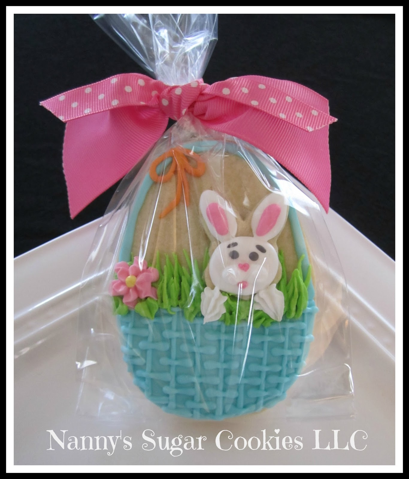 Nannys sugar cookies llc the easter bunny is coming to town cookie favor with mini cookie negle Images
