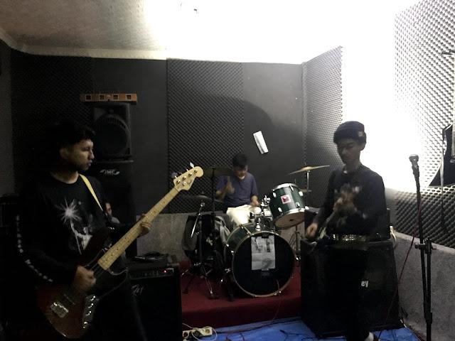 Kvsh  live at Grind Erection #8 Chapter Cianjur