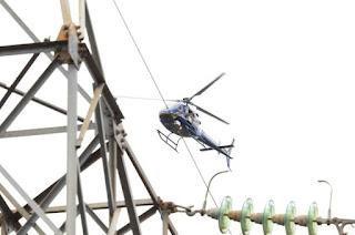 http://vnoticia.com.br/noticia/2848-helicoptero-da-enel-faz-inspecao-na-rede-de-media-tensao-em-sfi