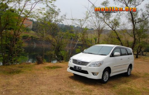 Harga Dan Spesifikasi All New Kijang Innova Head Unit Grand Avanza Veloz Mobilku Org Merupakan Mobil Berjenis Mpv Penerus Kapsul Yang Berhenti Produksi Tahun 2002 2003