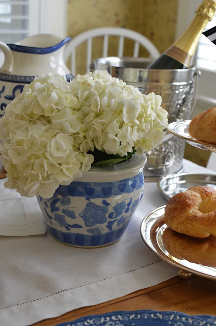 blue and white brunch