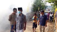 Antisipasi Wabah DBD, Dikes dan Warga Fogging di Ntonggu