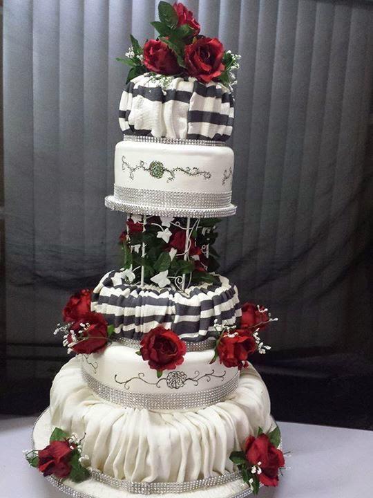 pillared cake