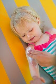 http://www.aeped.es/noticias/enfamilia-recuerda-importancia-proteger-ninos-y-adolescentes-sol