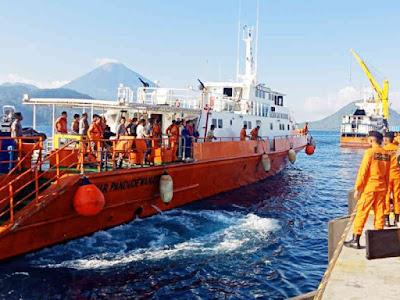 45 Selamat dari Tenggelamnya KM Bandeng, 5 Orang Masih Dicari SAR