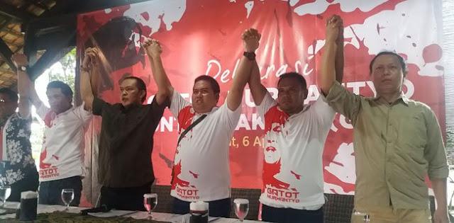 Relawan: Gatot Nurmantyo Handal Jaga Pancasila Dan NKRI