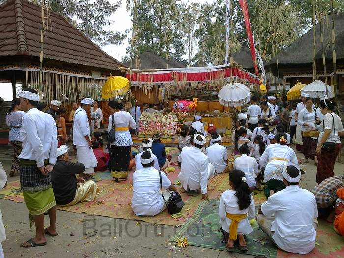 Galungan celebrations The second, on December 17, 2014