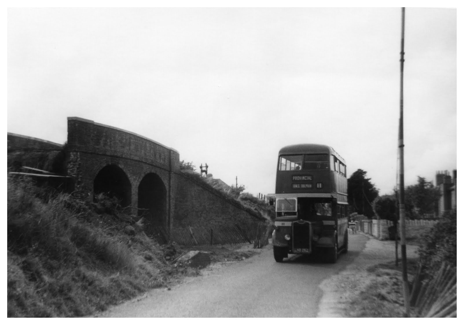 Bus passing Clayhall arch