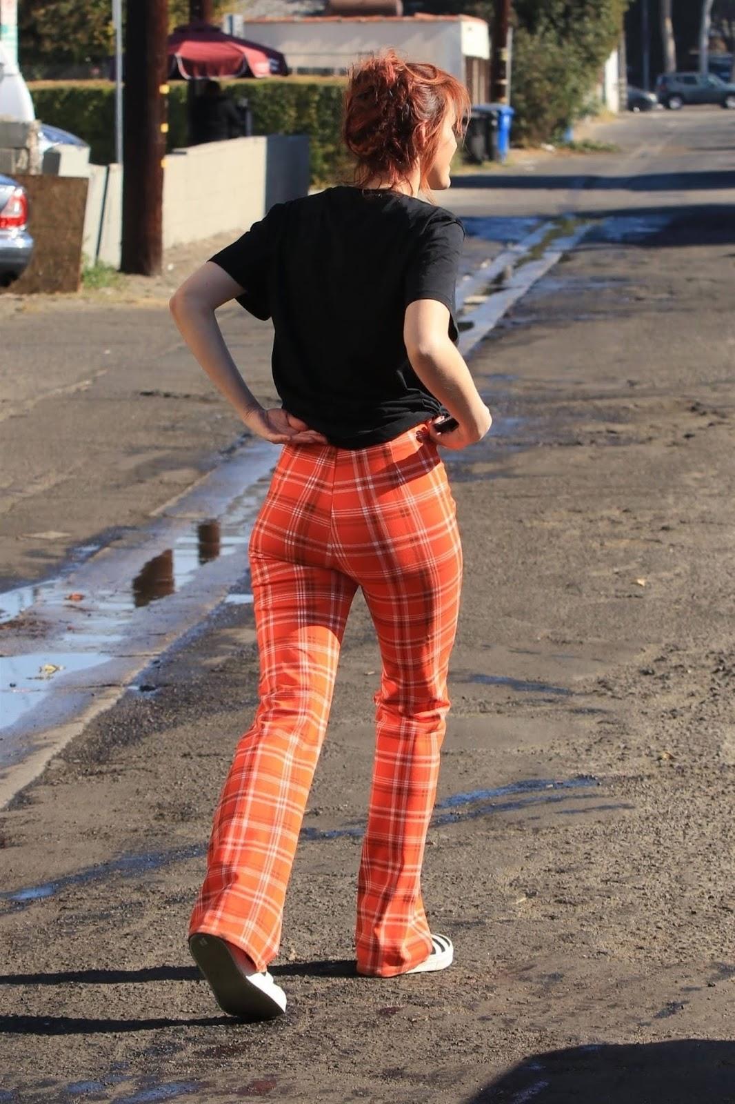 Bella Thorne Booty