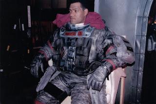 Laurence Fishburne durante el rodaje de Horizonte final
