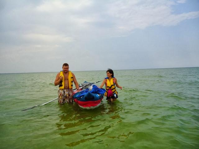 каяк надувной морской