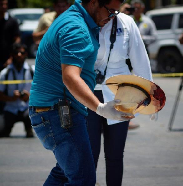 Sociedad civil debe participar en protección a periodistas: Corral